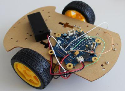 Ferngesteuertes Auto mit dem Calliope Mini